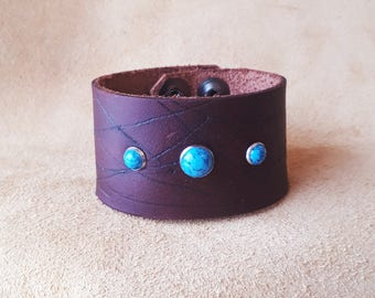 Rival Scratch Leather Cuff with Turquoise 1.5 inch width Adjustable
