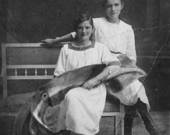 Squid Art, Victorian Portraits, Squid wall art, Squid prints, Vintage Photographs, Weird Old Photos, Victorian Prints, Art Collage, Kraken
