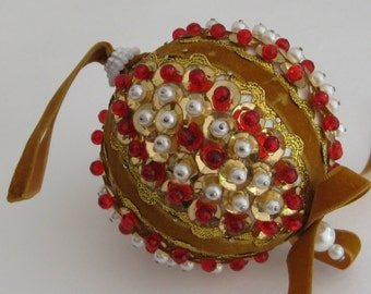 Christmas Tree Ornament, Vintage Beaded Christmas Tree Ornament, Gold, White and Red, Seasonal