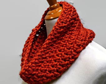 Pumpkin Orange Cowl Scarf, Chunky Crochet Cowl, Crochet Neck Warmer, Neckwarmer, Small Circle Scarf, Chunky Cowl, Fall Scarf, Pumpkin Cowl