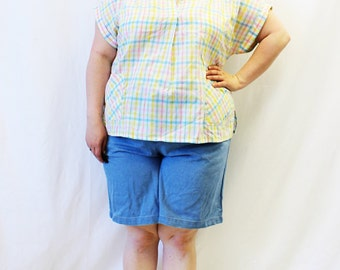 Plus Size - Vintage Denim High Waist Shorts (Size 18)