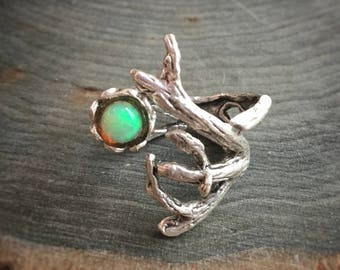 Opal branch ring, adjustable up to size 13