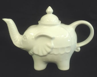 Adorable White Glazed Ceramic Elephant 4 Cup Teapot