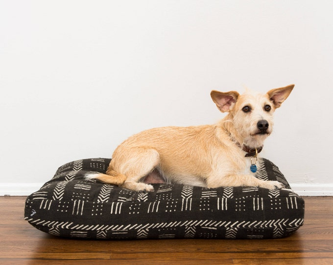 Black and White Mudcloth Dog Bed // Extra Large