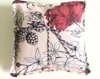Lavender sachets, set of three, pink floral print with linen backing, satchet, gift under 15, lavendar sachet