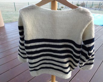 boys 4t acrylic striped beige and Navy
