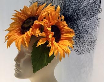 Yellow Fascinator- Yellow Sunflower Fascinator -Derby hat- Floral headdress- Yellow headpiece- Flower fascinator -Mad hatter- Ladies Hat