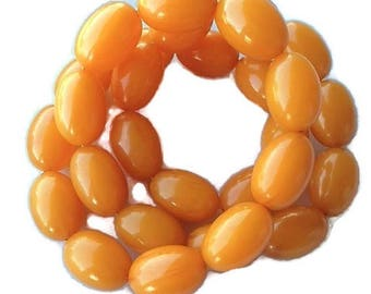 Butterscotch Bakelite Necklace Large Beads 150 Grams Swirled Vintage