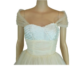 True Beauty - Vintage 1950's Prom Dress X-Small, Tea Length