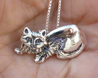 Sterling Silver Long-Haired Maine Coon Cat Necklace