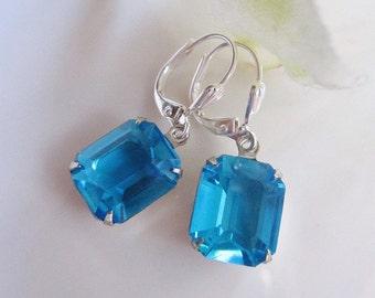 Blaue Glas Rechteck Ohrringe, Petite Kristall baumelt, pfauenblau, Immobilien-Vintage-Stil, Gardendiva