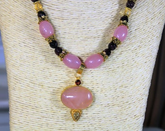 Rose quartz necklace, pink choker, beaded necklace, pendant necklace, pink and gold necklace