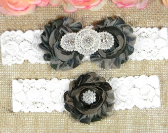 Camo Wedding Garter Set, Wedding Garter, Lace Bridal Garter Set, Keepsake Garter, Toss Garter, Pearl and Crystal Rhinestone Wedding Garter