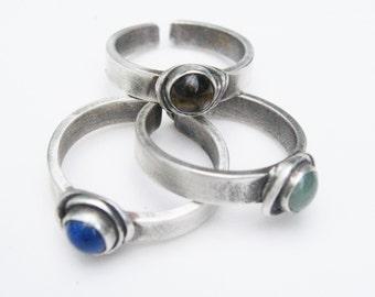 ToeGems toe ring, gemstone toe ring, toe jewelry, foot jewelry, summer jewelry, bridal jewelry