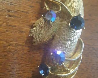 Beautiful Vintage Blue Aurora Borealis Rhinestone Gold Tone Brooch