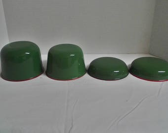 Set of 4 green enamel bowls