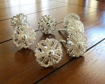 Cottage Chic Knobs / Drawer or Desk Knobs / Dresser Drawer Pulls / Distressed White Knobs / Shabby Chic Style / Cabinet Handles