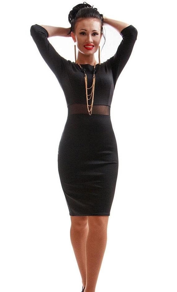 Einfaches schwarzes Kleid kombiniert elegantes Kleid Abend
