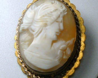 Cameo Carved Shell Pin, Classic Womans Portrait In REAL SeaShell Brooch, Tan and White Womans Head with Gold Metal Setting, 1940s