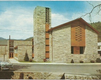 Gatlinburg Tennessee First Baptist Church Vintage Postcard