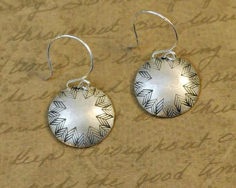 """11/16"""" Sterling Silver Hammered and Textured Disk Round Earrings with Chevron Edge Texture, western, cowgirl, arrow, bytwilight, simple"""