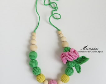 Flower crochet necklace, Green necklace, Nursing necklace, Teeting necklace, Mommy necklace, Breastfeeding, Organic necklace, Christmas gift