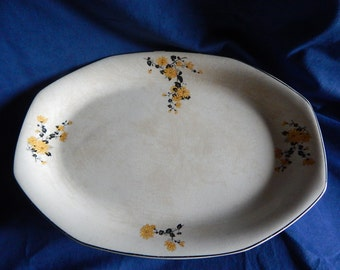 Vintage Homer Laughlin ''Golden Rose'' Plater