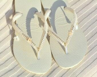Wedding Sandals, Wedding Flip Flops, Havaianas, Bridal Sandals, Bridesmaid Flip Flops, Bridal Flip Flops, Wedding Flat Sandals,White Sandals