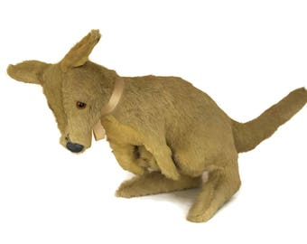 Vintage Kangaroo & Joey Toy. Australia Souvenir. 1950s Stuffed Animal Soft Plush Toy. Mother and Baby Gift. Nursery Decor.