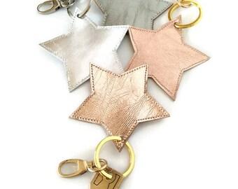 Leather Keychain. Star Keychain. Leather Keyholder. Star Keyholder. Metallic Keychain. Leather Key Fob. Metallic Key Fob. Minimal Keychain