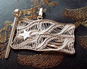 Sterling silver flag pendant with sterling silver chain