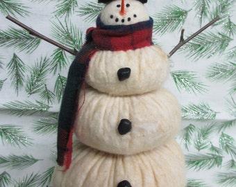 Primitive Snowman decor | Snowman | Snowman collector | Snowman decoration | Primitive holiday decor | Prim Winter decor | Fabric Snowman
