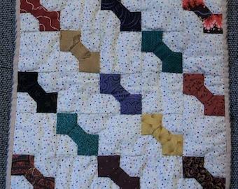 Mini Quilt (Bowtie Pattern)