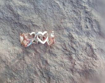 Little hearts toe ring