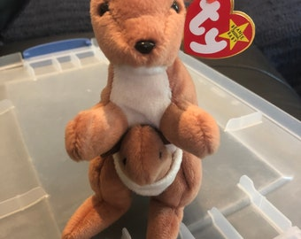 Reduced to sell!! Retired Ty Beanie Baby Pouch with Errors