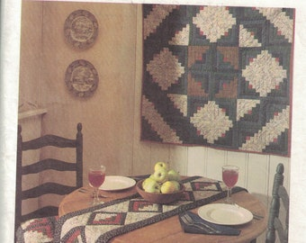 McCalls 8209 Vintage CraftPattern - Quilted Wall Hanging, Table Runner, Chair Pad and Matching Apron UNCUT