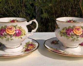 Set of two Elizabethan Fine Bone China teacups and saucers, Vintage teacups and saucers.