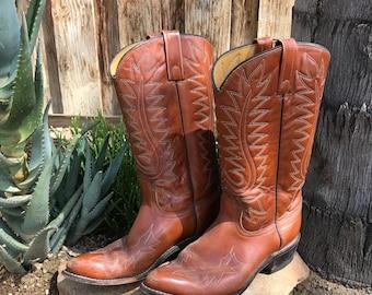 Vintage Acme Boots \\ Aged Cowboy Boots \\ Distressed Cowboy Boots \\ Leather Cowboy Boots Women's 6.5