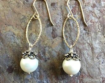 Freshwater pearl silver dangle earrings