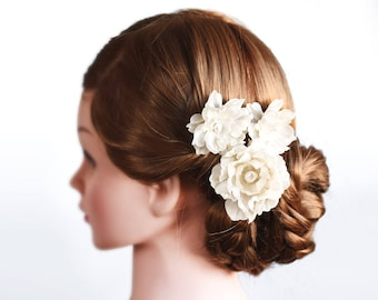 Champagne hair clips, Cream hair accessories, Wedding hair clips, Beige flowers for bride, Hair clips, Flower hair clips, Hair flowers 417