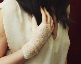 Wedding gloves, Lace mittens, Fingerless gloves, Lace gloves, Vintage gloves, Wedding mittens, White gloves, Formal gloves,