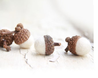 Set of 12  SNOW WHITE  Wool Felted Acorns-  As seen in Southern Living magazine| boho, cottage chic, woodland, rustic