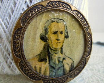 "Vintage Large 1.75"" Picture Sewing Button with Stamped Metal Border President George Washington"