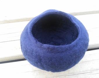 craft kit, felted bowl kit, feltmaking kit, felt kit, wet felting kit, feltmaking kit, blue felted bowl kit, craft kit, wool craft kit