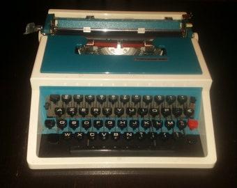 Typewriter Underwood 315 portable VINTAGE