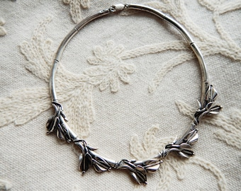 Solid 925 Silver Leaf Garland Vintage Necklace - Collar Style - 1970s to 80s