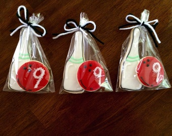 Bowling Cookies - perfect party cookies!