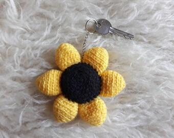 Daisy Flower keyring bag charm handmade keychain Amigurumi