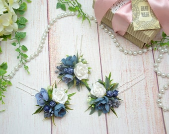 Blue hair pins Bridal hair pins Bridesmaid flower pins Flower girl hair pins Mother of the bride hair Winter wedding hair pins Blue flowers