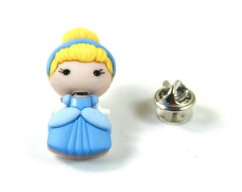 Cinderella Pin, Cinderella brooch, Little girl pins and brooch, Cute brooch, Gift for a girl
